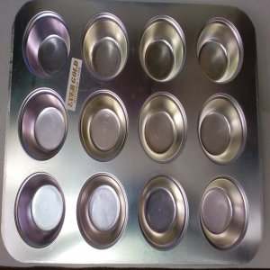 cupcake or muffin tray