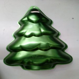 Wilton Christmas Tree Cake Pan